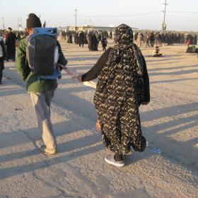 سوگواره دوم-عکس 162-محمد کشاورز-پیاده روی اربعین از نجف تا کربلا