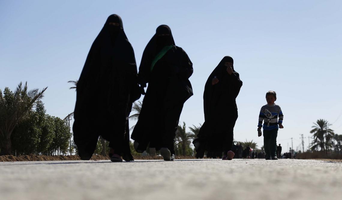 سوگواره سوم-عکس 5-علی بیات-پیاده روی اربعین از نجف تا کربلا