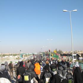 سوگواره دوم-عکس 37-محمد کشاورز-پیاده روی اربعین از نجف تا کربلا
