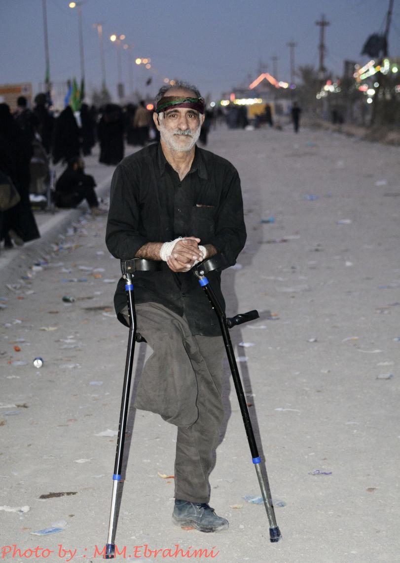 سوگواره چهارم-عکس 2-محمد مهدی ابراهیمی مدوار-پیاده روی اربعین از نجف تا کربلا