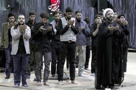 سوگواره دوم-عکس 10-محمد بهمنی-جلسه هیأت فضای داخلی