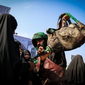 سوگواره چهارم-عکس 48-محمد رضا میثمی-پیاده روی اربعین از نجف تا کربلا