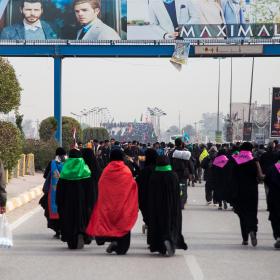 سوگواره چهارم-عکس 21-علی  حسن زاده-پیاده روی اربعین از نجف تا کربلا