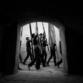 فراخوان ششمین سوگواره عاشورایی عکس هیأت-حسین حسنی مقدم-بخش اصلی -جلسه هیأت