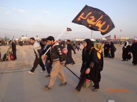 سوگواره سوم-عکس 17-علی مقنی-پیاده روی اربعین از نجف تا کربلا