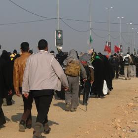سوگواره سوم-عکس 9-احمدرضا کریمی-پیاده روی اربعین از نجف تا کربلا