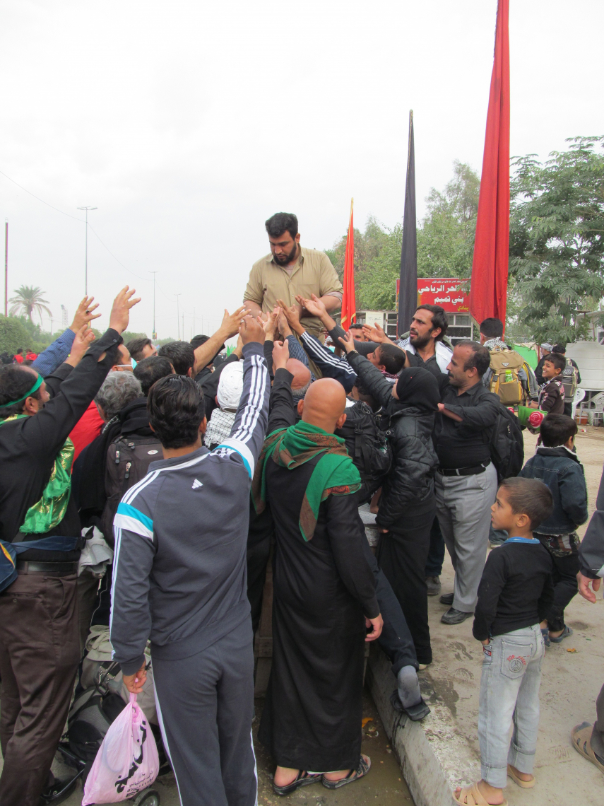 سوگواره چهارم-عکس 33-رحیم حاج حیدری-پیاده روی اربعین از نجف تا کربلا