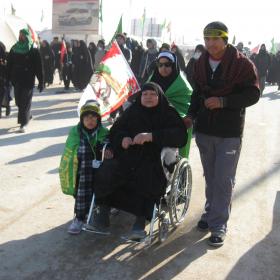سوگواره دوم-عکس 3-محمد کشاورز-پیاده روی اربعین از نجف تا کربلا