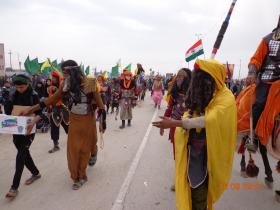 سوگواره سوم-عکس 19-علی مقنی-پیاده روی اربعین از نجف تا کربلا