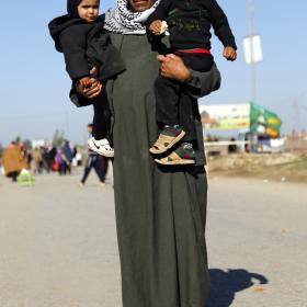 سوگواره سوم-عکس 3-علی بیات-پیاده روی اربعین از نجف تا کربلا