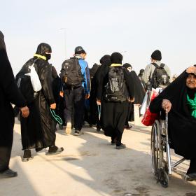 سوگواره سوم-عکس 1-حمید اسماعیل زاده-پیاده روی اربعین از نجف تا کربلا