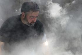 سوگواره دوم-عکس 2-عباس صالحی-جلسه هیأت فضای بیرونی