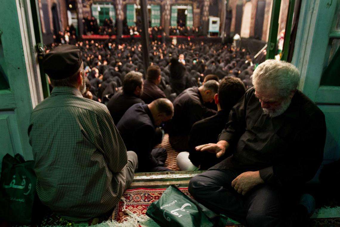 سوگواره پنجم-عکس 16-میلاد محمدی-جلسه هیأت فضای بیرونی