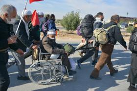 سوگواره چهارم-عکس 21-مهرداد  حسنی-پیاده روی اربعین از نجف تا کربلا