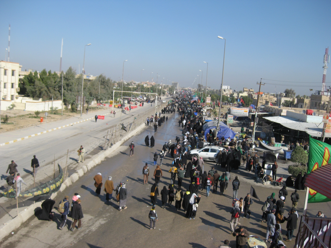سوگواره دوم-عکس 10-محمد کشاورز-پیاده روی اربعین از نجف تا کربلا
