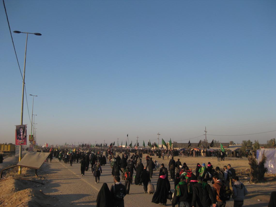 سوگواره دوم-عکس 159-محمد کشاورز-پیاده روی اربعین از نجف تا کربلا
