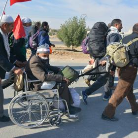 سوگواره پنجم-عکس 71-مهرداد  حسنی-پیاده روی اربعین از نجف تا کربلا