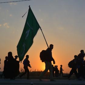 سوگواره چهارم-عکس 59-مهرداد  حسنی-پیاده روی اربعین از نجف تا کربلا