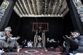 سوگواره چهارم-عکس 10-مسلم پورشمسی-جلسه هیأت فضای داخلی