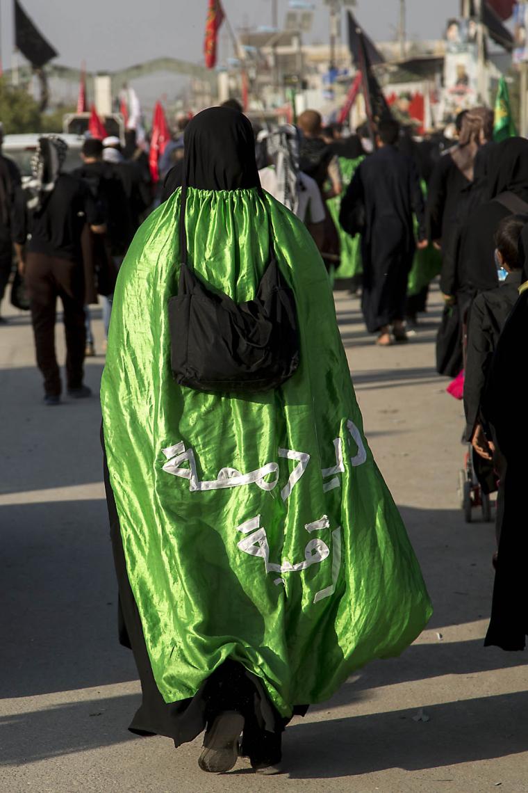 سوگواره چهارم-عکس 16-علی تیموری-پیاده روی اربعین از نجف تا کربلا