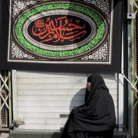 سوگواره چهارم-عکس 3-محمدرضا پیمان-جلسه هیأت فضای بیرونی