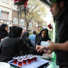 سوگواره دوم-عکس 1-احمدرضا کریمی-جلسه هیأت فضای بیرونی