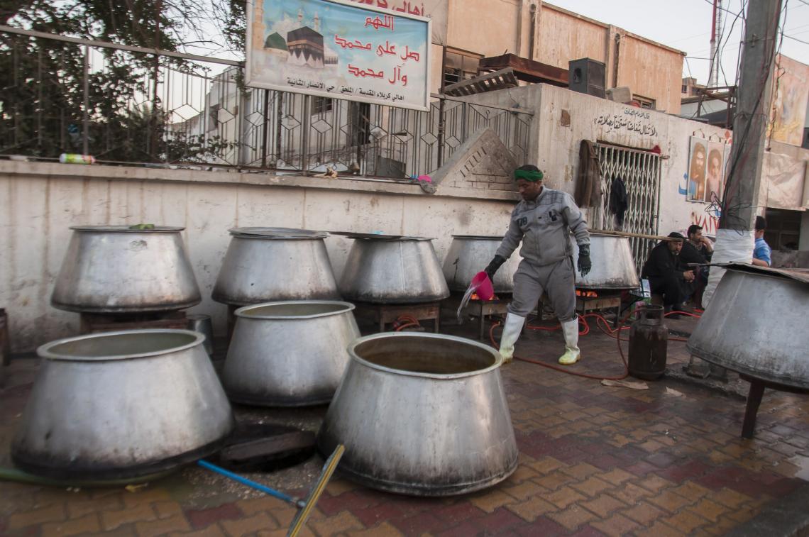 سوگواره دوم-عکس 5-علی دهقان-پیاده روی اربعین از نجف تا کربلا