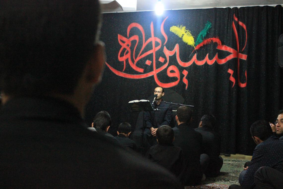 سوگواره چهارم-عکس 10-محمدرضا غلامی-جلسه هیأت فضای داخلی