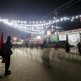 سوگواره چهارم-عکس 28-علی  حسن زاده-پیاده روی اربعین از نجف تا کربلا