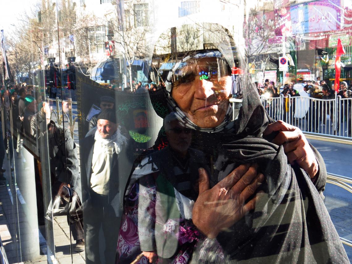 سوگواره سوم-عکس 10-احمد زعفری هشجین-جلسه هیأت فضای بیرونی