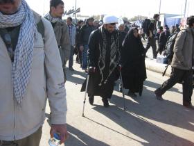 سوگواره دوم-عکس 15-محمد کشاورز-پیاده روی اربعین از نجف تا کربلا