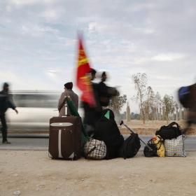 سوگواره چهارم-عکس 29-علی  حسن زاده-پیاده روی اربعین از نجف تا کربلا