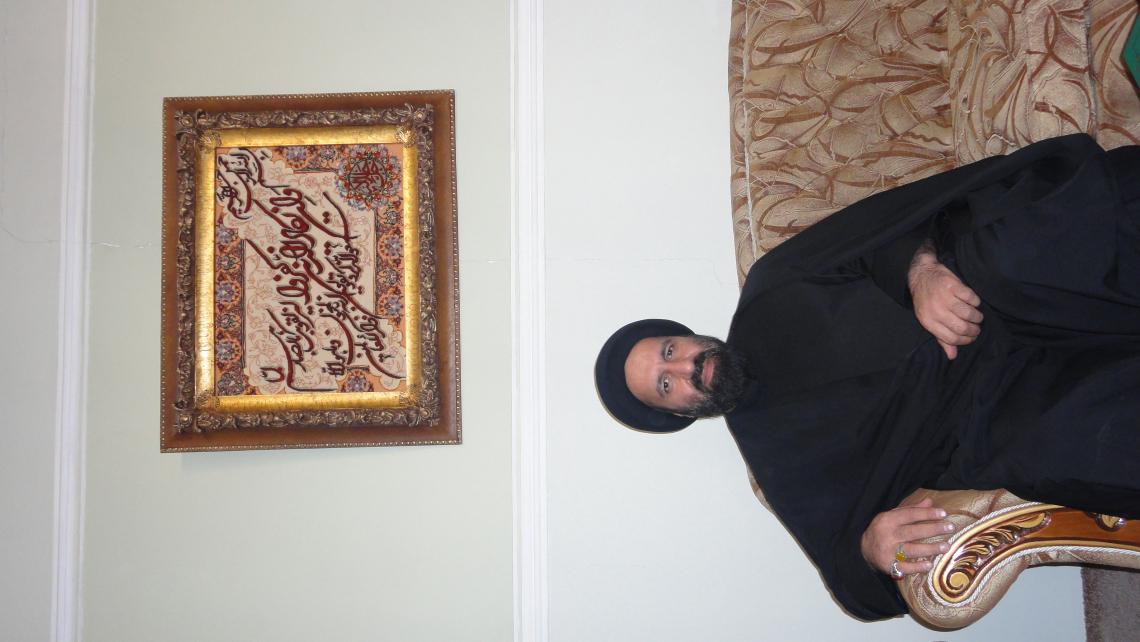 سوگواره اول-عکس 33-مسعود زندی شیرازی-جلسه هیأت فضای بیرونی