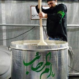 سوگواره چهارم-عکس 27-محمد حسین کلهر-جلسه هیأت فضای بیرونی