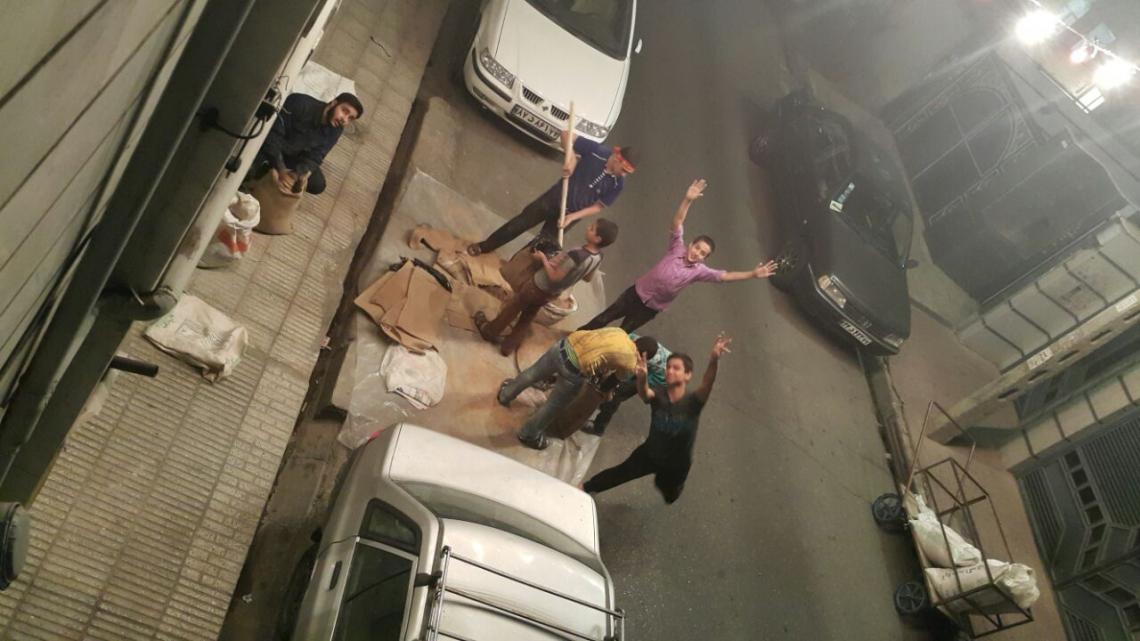 سوگواره چهارم-عکس 4-محمد محمدی-جلسه هیأت فضای بیرونی