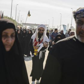 سوگواره سوم-عکس 40-علی دهقان-پیاده روی اربعین از نجف تا کربلا
