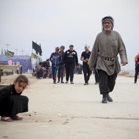 سوگواره چهارم-عکس 41-محمد  آهنگر-پیاده روی اربعین از نجف تا کربلا