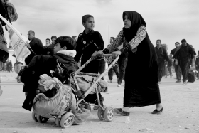 سوگواره چهارم-عکس 184-علی ناصری-پیاده روی اربعین از نجف تا کربلا