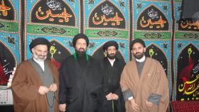 سوگواره اول-عکس 5-مسعود زندی شیرازی-جلسه هیأت فضای بیرونی