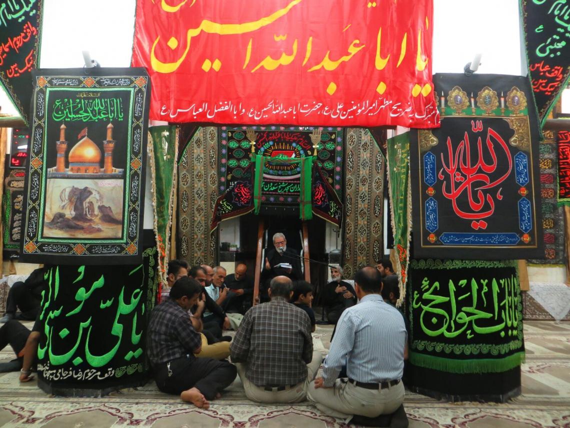 سوگواره چهارم-عکس 13-سید محمد حسین موسوی نژاد-جلسه هیأت فضای داخلی