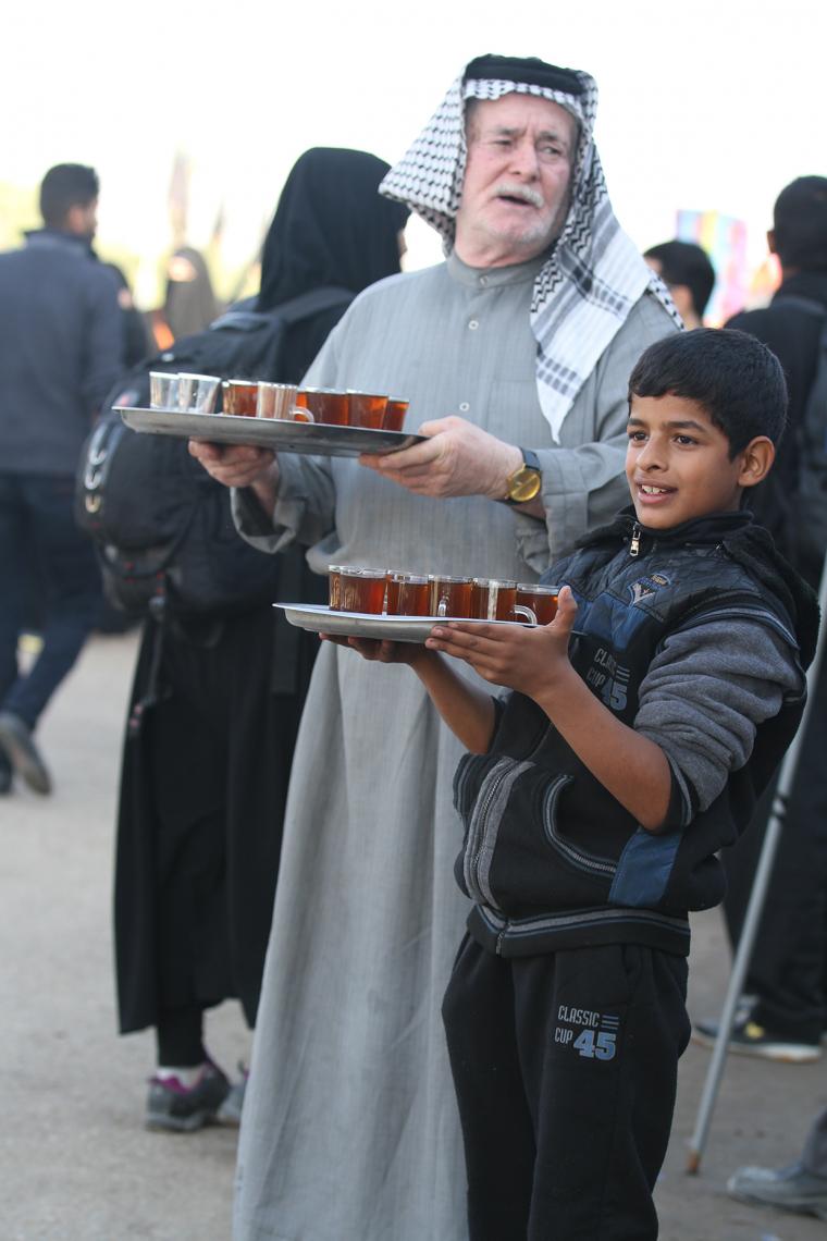 سوگواره چهارم-عکس 8-محمد صابر نوروزنژاد-پیاده روی اربعین از نجف تا کربلا