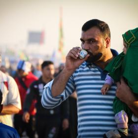 سوگواره چهارم-عکس 9-محمد رضا میثمی-پیاده روی اربعین از نجف تا کربلا