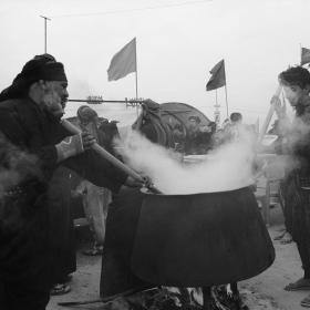 سوگواره پنجم-عکس 2-رضوان معاویان بریچه-پیاده روی اربعین از نجف تا کربلا
