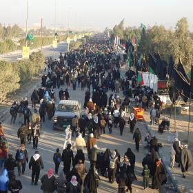 سوگواره دوم-عکس 3-علی محمودی راد-پیاده روی اربعین از نجف تا کربلا