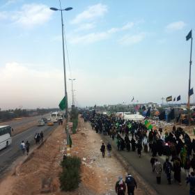 سوگواره سوم-عکس 1-محمد حسین کلهر-پیاده روی اربعین از نجف تا کربلا