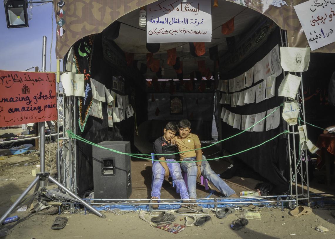 سوگواره پنجم-عکس 42-محمد عمارلو-پیاده روی اربعین از نجف تا کربلا