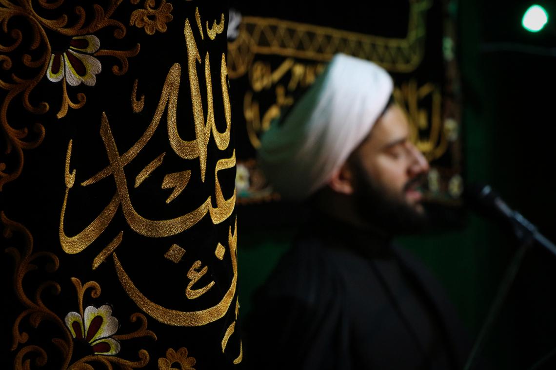 سوگواره چهارم-عکس 18-محمد امین محمودی-جلسه هیأت فضای داخلی