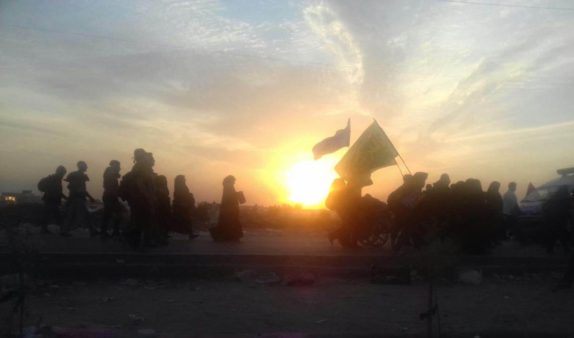 سوگواره پنجم-عکس 3-سیدمحمدمهدی مؤذن سلطان آبادی-پیاده روی اربعین از نجف تا کربلا