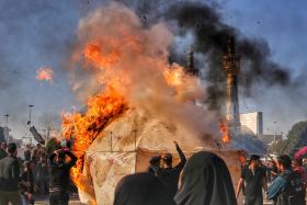 هشتمین سوگواره عاشورایی عکس هیأت-سیدرضا میرکاظمی-بخش اصلی-سوگواری بر خاندان عصمت(ع)