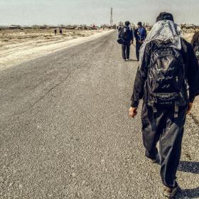 سوگواره چهارم-عکس 16-مسلم محمدی-پیاده روی اربعین از نجف تا کربلا